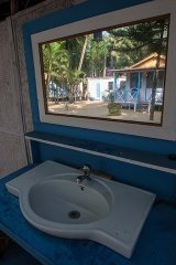 12. Cafe Blue Resort_Beach Hut Toilette Cafe Blue Resort, Palolem Beach, Goa.