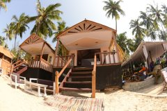 Green Park Beach Resort - Super Deluxe beach hut of Green Park Beach Resort on Palolem Beach,Goa. -