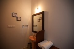 7. Agonda Palace Resort_Luxury AC Room Washroom -