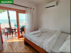 LA Amour AC Sea Facing Cottages With Jacuzzi Bedroom