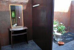 Shanti Village - The open air bathroom of a villa at Shanti Village in Agonda Beach, Goa