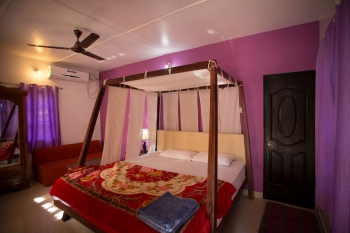 Namaste Resort Patnem Beach Deluxe AC Room Bedroom