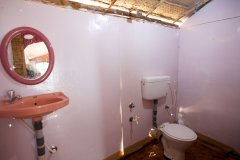 Tantra Cafe and Huts Patnem beach Beachfront Hut Bathroom -