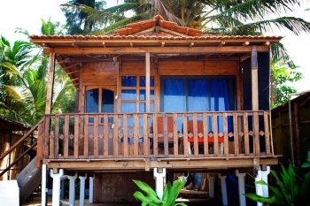 OM Shanti Resort, Patnem beach - Sea Facing Beach Hut -