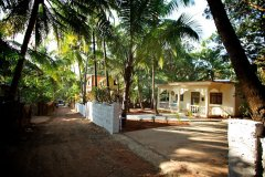 18. Tembe Wada House_Palolem beach_main road view2