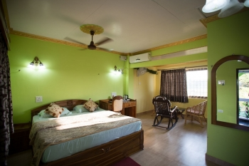 Green Inn Palolem Deluxe Double AC Rooms Bedroom