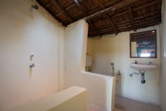 Hidden Gourmet Resort Patnem Beach  Double Room Bathroom -