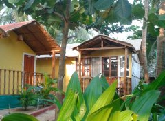 Seafront Resort - Familiy Hut - balcony -