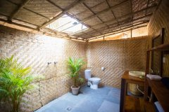 Surya Cafe and Huts Sea View Beach Hut Bathroom -
