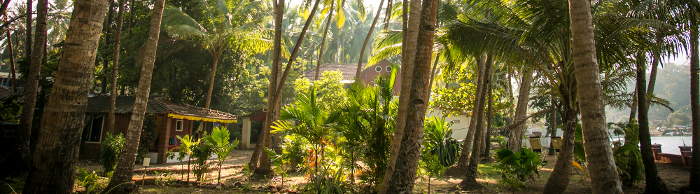 Goa beach resorts, first hotels on Goa beach